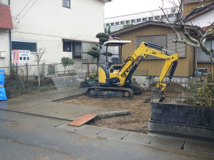 茂原の楽楽屋の駐車場工事 門扉解体完了